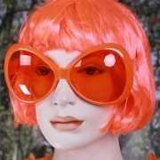 Grote oranje zonnebrillen
