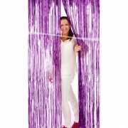 Deurversiering van paars folie