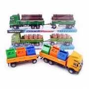 Speelgoed vrachtwagen geladen met vaten