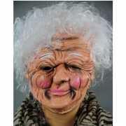 Latex masker van een oude vrouw
