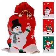 Kerst cadeautjes zak met rendier 60 x 97 cm