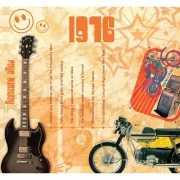 Verjaardagskaart met muziekhits uit 1976