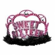 Sweet sixteen tiara met roze steentjes