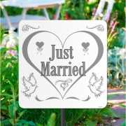 Karton tuinbord just married