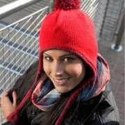 Rode Inca winter muts met touwtjes