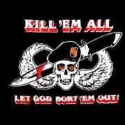 Militaire vlag Kill em all let god sort em out