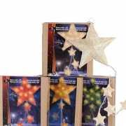 Hangende kerst sterren met licht