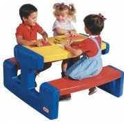 Kinder picknick tafels