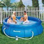 Opblaasbare zwembaden rond 305 cm