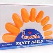 Pakketje met nagels in oranje kleur
