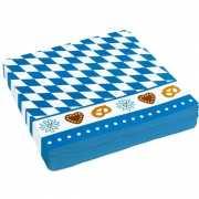 Wit met blauw geruite servetjes