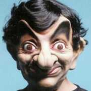 Rowan Atkinson masker