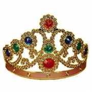 Verkleed koninginnenkroon in het goud met stenen