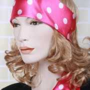 Roze hoofd sjaal wit bollenmotief