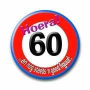 Button 60 jaar verkeersbord