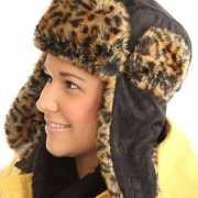 Hippe dames bontmuts luipaard print