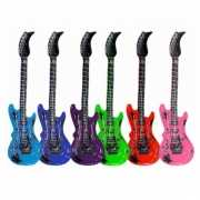 Opblaasbare roze elektrische gitaar